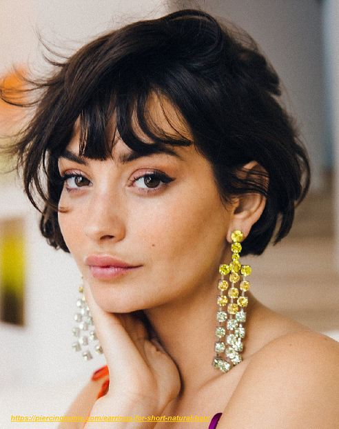 what earrings to wear with bob hair