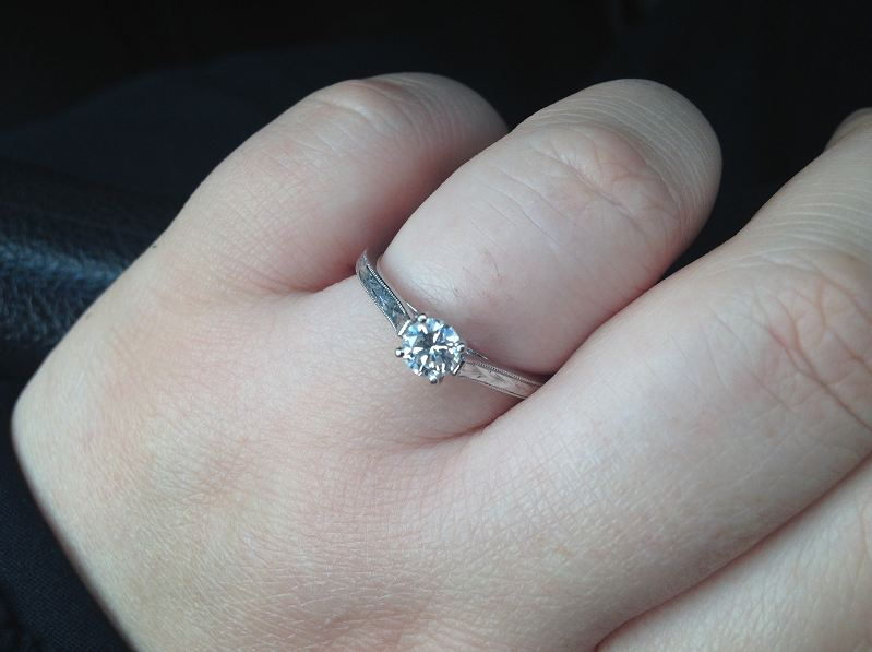 how to make rings look good on fat fingers