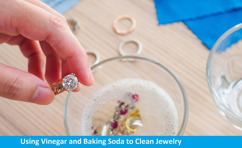 using vinegar and baking soda to clean jewelry